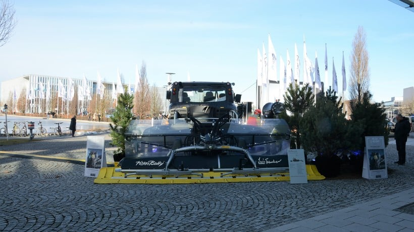 Crossing the Dolomites: in the heart of Munich and a Pistenbully right on our doorstep
