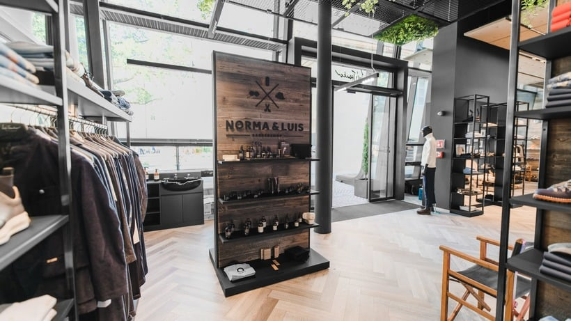 Luis meets Walther: Our new flagship store on Bolzano's Waltherplatz is officially open!